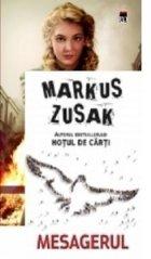 Pachet promotional Markus Zusak (Hotul de carti + Mesagerul)